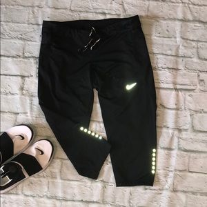 Nike black Running Capri -Large